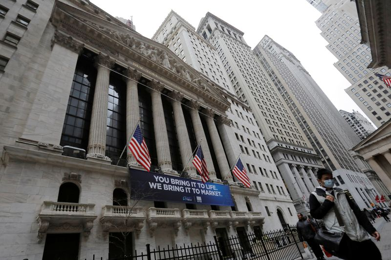 Dow turns negative as Wall Street's rebound fades