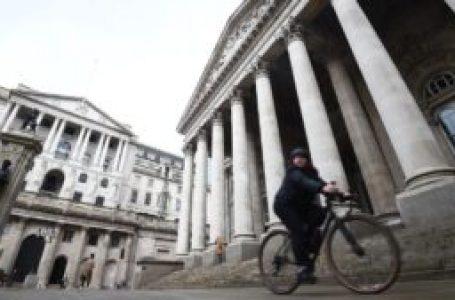 British factories are stockpiling again Bank of England warned